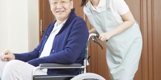 介護施設看護師として働く